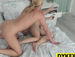 Abby Cross and Molly Mae eat pussy
