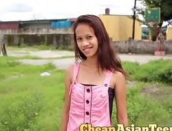 フィリピンの売春婦 Picking up 18 yo pinay with perfectly slim body / CheapAsianTeens.com