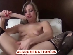 Hot Blonde Teen Abusing Herself On Her Live Show
