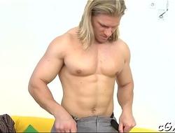 Homo giving a kiss porn